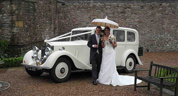 vintage wedding car hire leicester